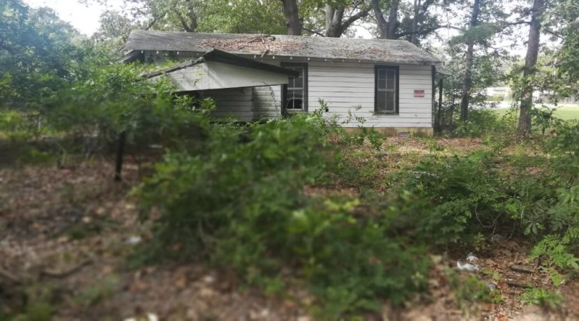 Old House for Cheap. Renovate an Old House Cheap to Fix Up